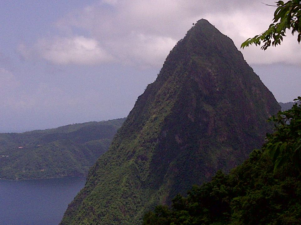 pitons stlucia
